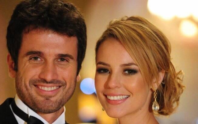 Pedro e Marina (Eriberto Leão e Paola Oliveira) em