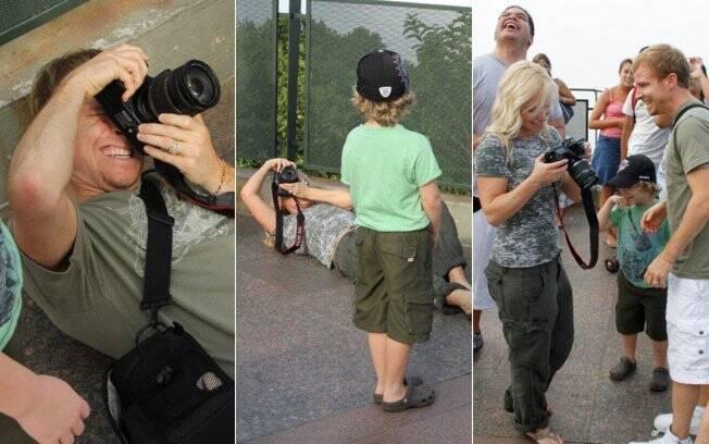 Brian e LeighAnne se jogaram no chão para achar o melhor ângulo e fotografar o Cristo Redentor
