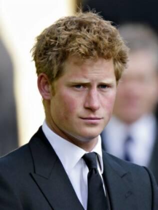 Príncipe Harry: bem-acompanhado
