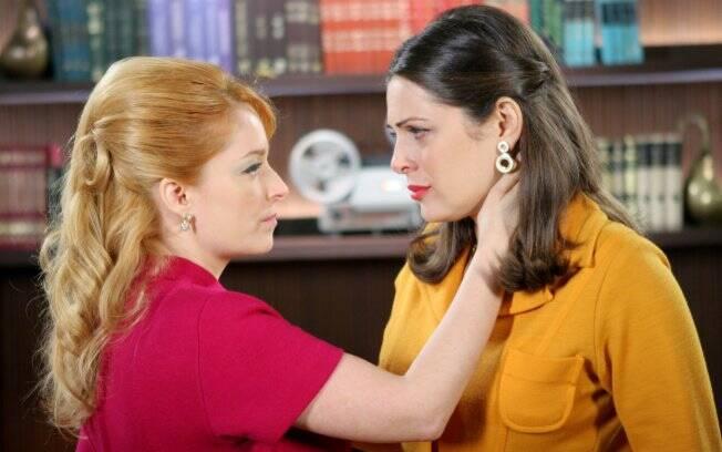 Luciana Vendramini e Giselle Tigre em cena para o primeiro beijo gay da televisão brasileira