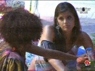 Talula diz a Janaina que não pode defender Diogo, para não interferir na decisão do Líder Daniel