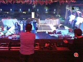 Dupla de DJ's cariocas anima a festa desta noite de sábado (12)