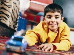 Ter um lugar próprio para as brincadeiras e ser responsável por ele ajuda a criança a se organizar