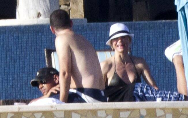Cameron e Alex com um amigo no México