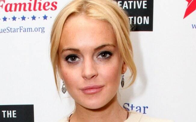 Lindsay Lohan: nua em livro fotográfico clicado por Terry Richardson
