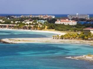 Aruba: famosa pelas praias paradisíacas, muitos não sabem que a vida noturna é prá lá de agitada