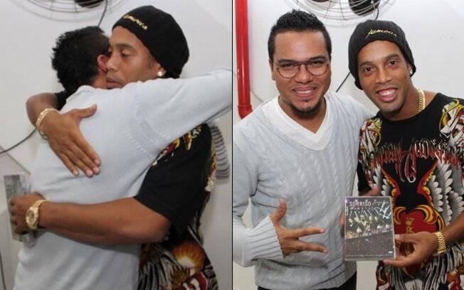 Ronaldinho Gaúcho e Bruno, vocalista do Sorriso Maroto