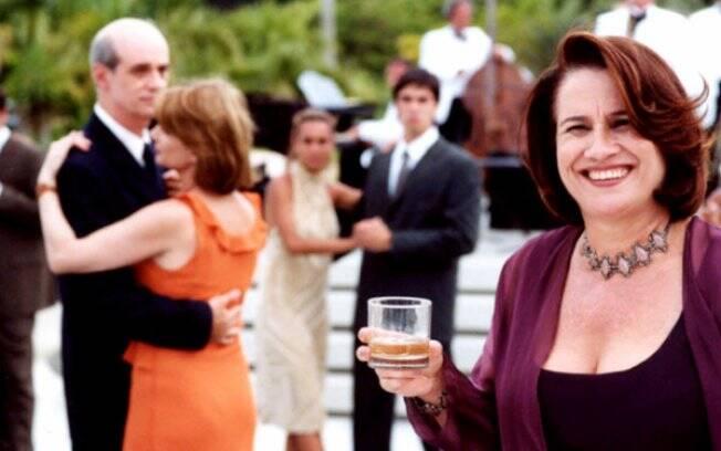Vera Holtz como Santana em