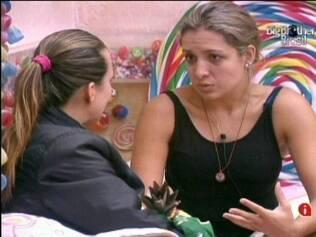 Com muita conversa, Natália levanta o astral de Michelly e ajuda a amiga ficar melhor