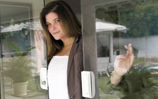 Cristiana Oliveira deixou a dieta para compor personagem.