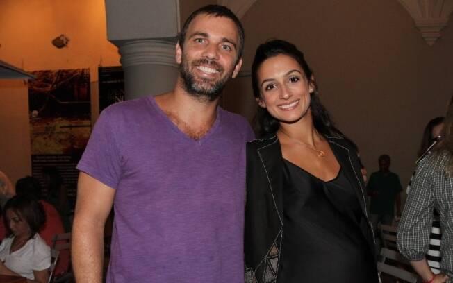 Marcelo Faria e Camila Lucciola antes do nascimento de Felipa