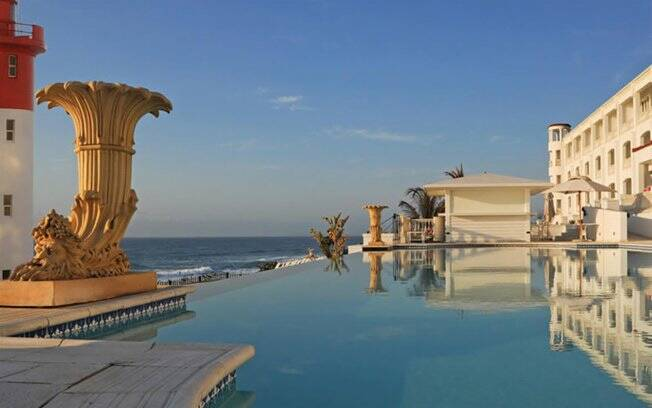 Hotel Oyster Box, na África do Sul. Local onde  Príncipe Albert II e Charlene Wittstock passam a lua-de-mel