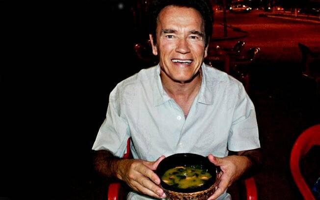 Depois disso, um jantar típico com direito a sopa de tacacá