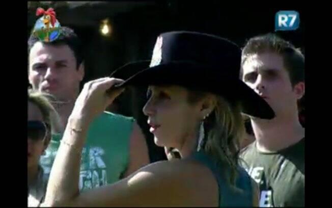 Anna Markun recebe o chapéu de Fazendeira nesta quinta-feira