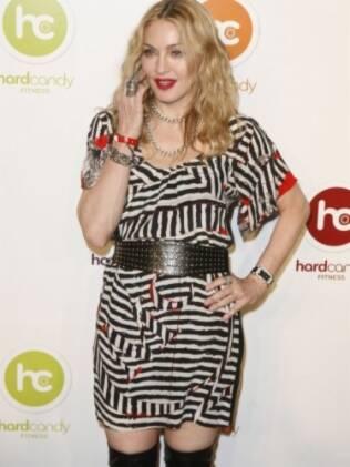 Madonna desceu do avião duas horas antes dos passageiros da primeira classe
