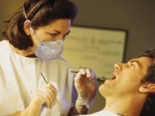 Dentista: uma das profissões apontadas pelas especialistas
