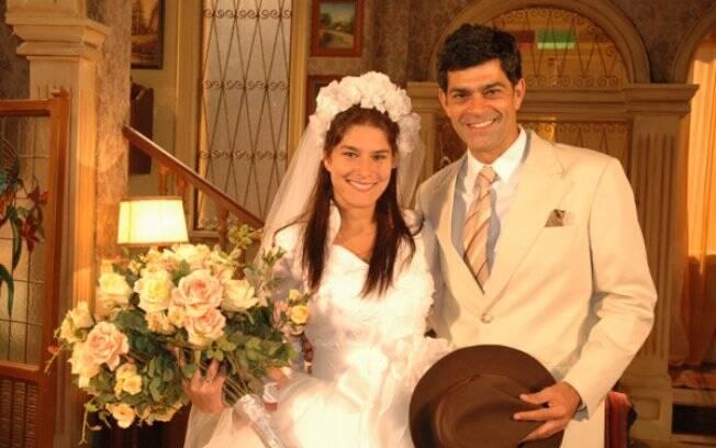 Serena (Priscilla Fantin) e Rafael (Eduardo Moscovis) em