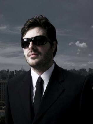 Danilo Gentili 'caracterizado' como um dos repórter do