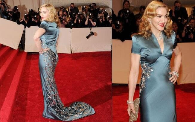 Madonna no baile do MET: vestido Stela McCartney, sapatos Sergio Rossi e joias Cartier