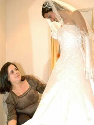 Vestido delivery: a prova do vestido pode ser feita em casa