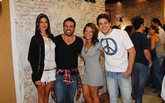Lançamento de nova coleção da grife Mandi & Co levou famosos ao Shopping Iguatemi