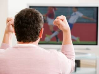 Se futebol não é sua praia, programe atividades fixas para os mesmos horários dos jogos, como ginástica ou um curso