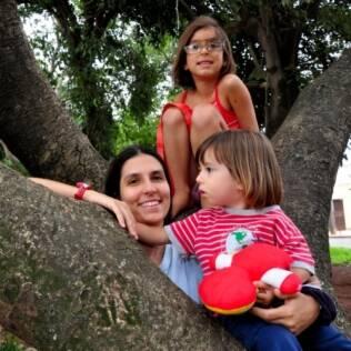 A psicóloga Larissa Carpintéro: tudo bem dar carrinhos para a filha e boneca para o filho
