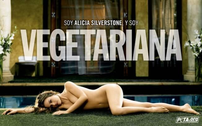 Alicia Silverstone nua em uma campanha de TV para promover o vegetarianismo