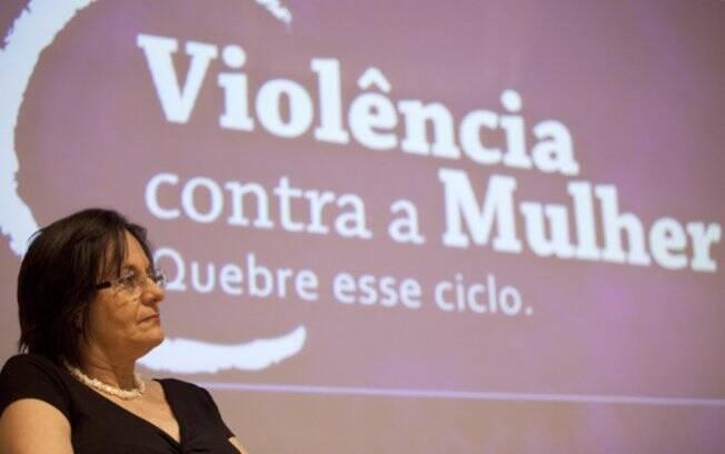 """Portal """"Quebre o Ciclo"""" é lançado em São Paulo e recebe Maria da Penha"""