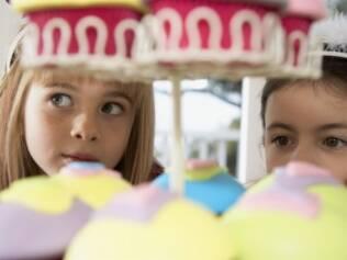 Confeitar com as crianças: estímulo à imaginação