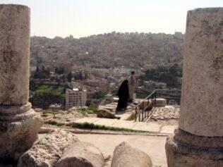 Capital da Jordânia, Amã é conhecida como a cidade branca