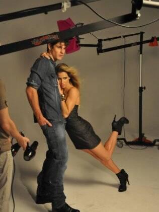 Deborah Secco e Evandro Soldati: juntos na moda