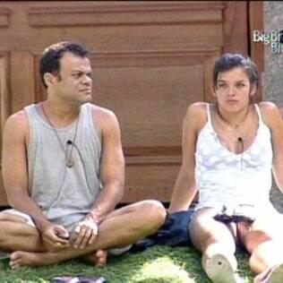 Daniel e Talula conversam sobre o Paredão desta noite (06)