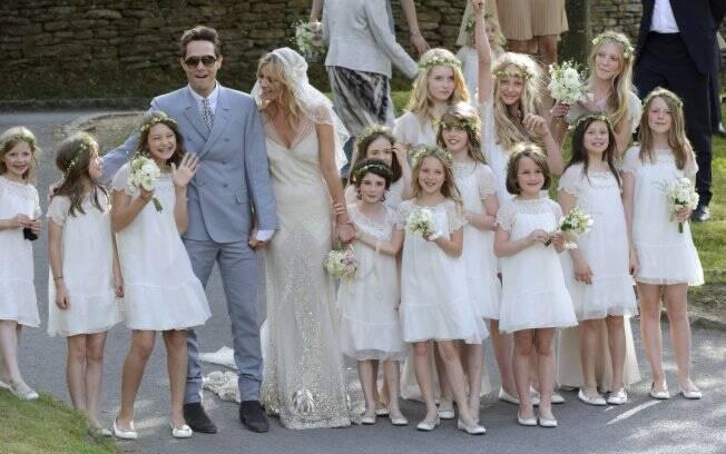 Kate Moss e Jamie Hince entre as daminhas de honra