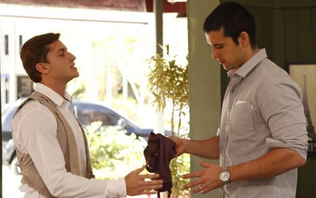 Marcos demite Guilherme do café