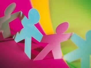 Educação inclusiva: as crianças observam o modelo dos pais para lidar com o diferente