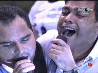 Zezé di Camargo & Luciano fazem show no reality