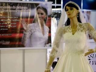 Réplica do vestido de Kate Middleton na Expo Noivas, no Rio