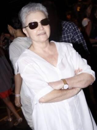 Maria Adelaide Amaral na fileira A do desfile da Huis Clos
