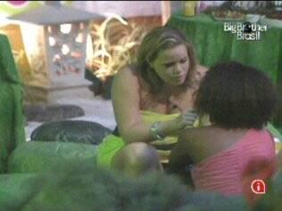 Paula diz a Janaina que ela não é sua primeira opção de voto