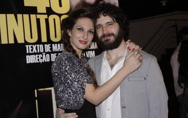 Caco Ciocler com a namorada Marina Previato