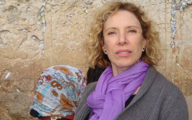 Marília Gabriela no Muro das Lamentações, em jerusalém