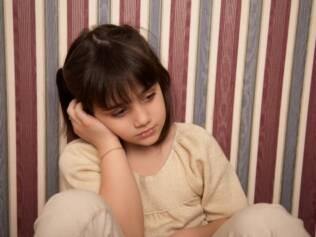 Em uma lista com 13 possíveis sintomas da depressão, é preciso que a criança apresente pelo menos cinco para confirmar o diagnóstico