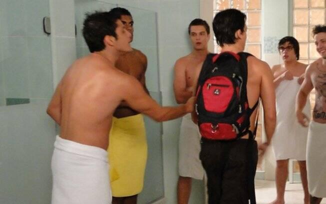 Lúcio e Pedro conversam sobre Raquel