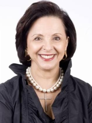 A médica e secretária de estado de SP, Linamara Batistela, conseguiu ficar longe do sedentarismo, obesidade e hipertensão.