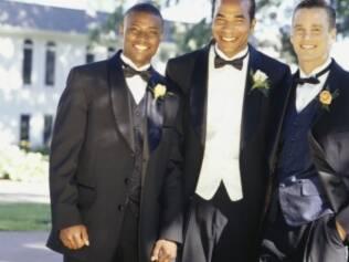 Dia do noivo: eles podem relaxar com amigos
