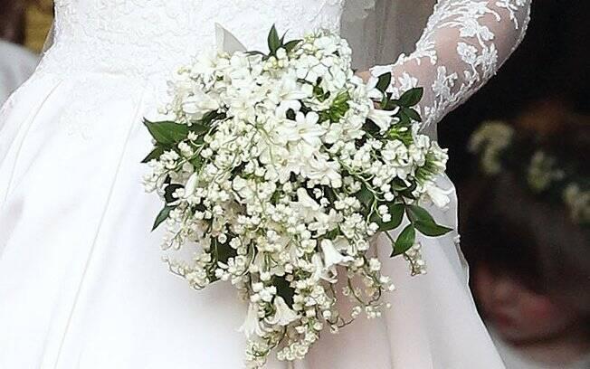 O buquê escolhido por Catherine foi uma homenagem ao marido. Entre heras, lírios do vale e jacintos estavam as flores conhecidas por Sweet William (Doce William)