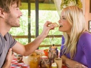 Ficar apegado a um ideal de vida a dois tende a deixar os casais mais frustrados do que satisfeitos