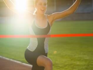 Cruzar a linha de chegada fortalece corpo e alma