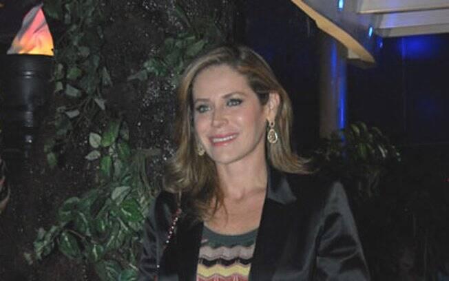 Gigi Monteiro compareceu à comemoração, no buffet Spasso Splash